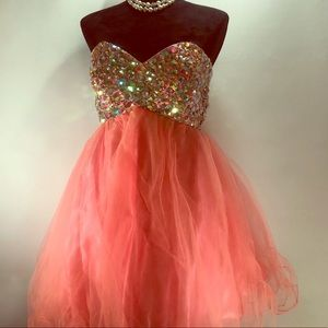 Alyce  Paris Coral baby doll prom dress Cr…